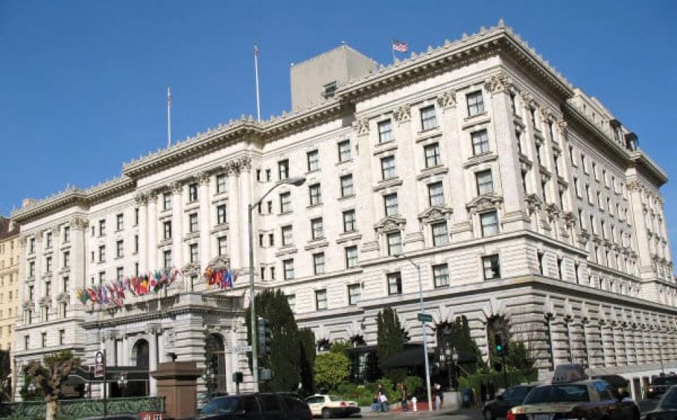 Ars Fairmont Hotel